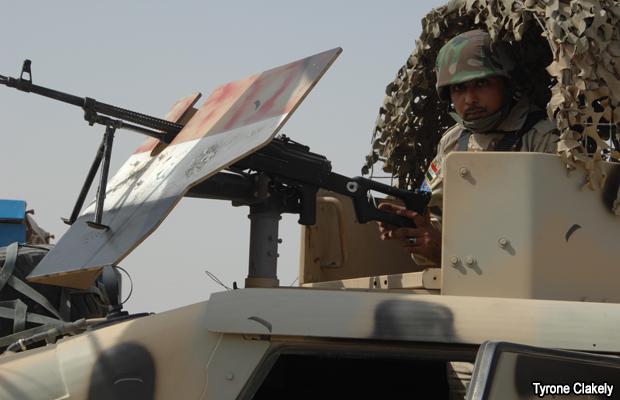 20090928-iraqui-army-armored-vehicle
