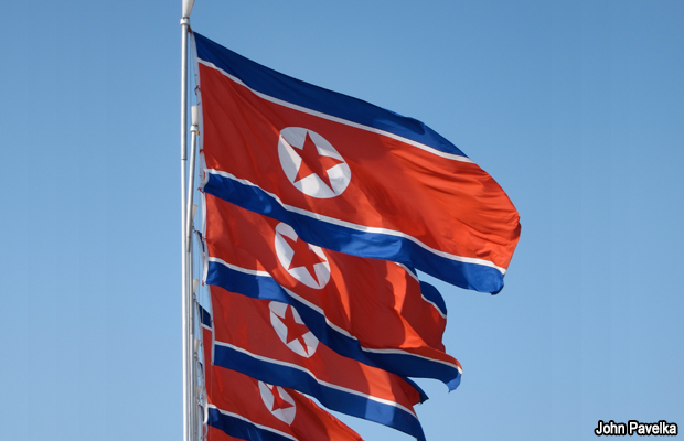 20100430-noth-korea-flags