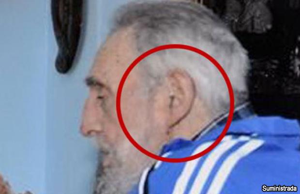 Acercamiento a la foto del encuentro con Castro divulgada por la presidenta de Argentina, Cristina Fernández
