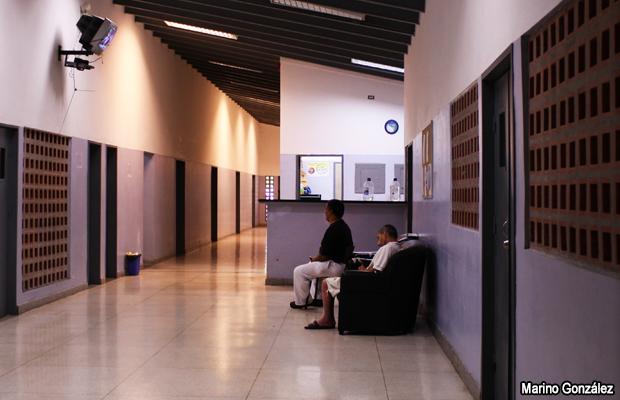 20110131-pacientes-hospital-venezuela