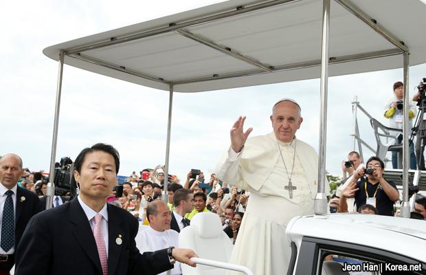 20140817-papa-francisco-korea