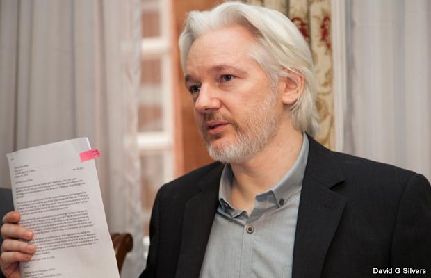 20140818-julian-assange