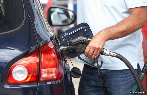 20150314-gas-pump