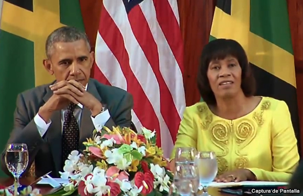 20150409-barack-obama-y-portia-simpson_miller